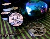 Absinthe (solid perfume--wormwood,star anise, fennel, cassia, juniper, artemisia)