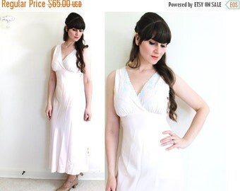 ON SALE 1940s Nightgown / 40s Pink Satin Embroidered Nightgown