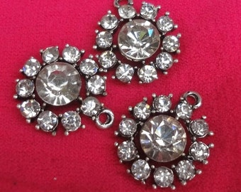 6pcs - Vintage style - glass rhinestones  - round pendant - link - bling - antiqued silver - Quality jewelry supplies since 2009
