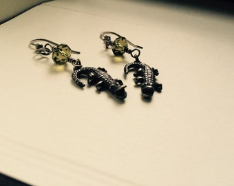 Dangle drop earrings sterling silver .925 casted alligators with green Swarovski crystal
