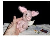 Collectable, precious Angel, 5inch piglet, German mohair, glass eyes, jointed,LE 12