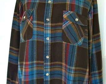 Vintage Arrow winter shirt - nylon- great colors - super soft and comfy