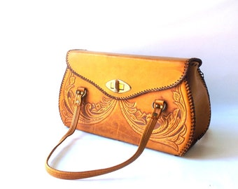 vintage 1970's large tooled leather purse brown floral flowers womens fashion mid century retro handbag shoulderbag bag rustic boho stitched