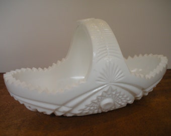 Vintage McKee Prescut Milk Glass Bowl   Toltec Pattern