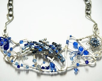 Hammered Wire Necklace - Blue