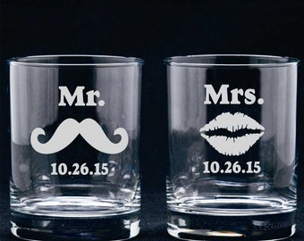 Personalized Etched Wedding Glasses, Mr Mrs Whisky Glass, Lips Mustache Glasses, Bride and Groom Glasses, Etched Whisky Glass, Wedding Gift