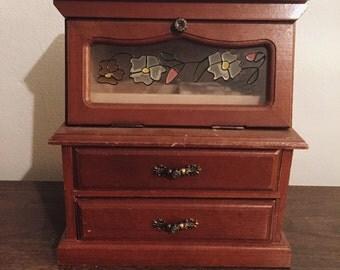 Very vintage wood jewelry box