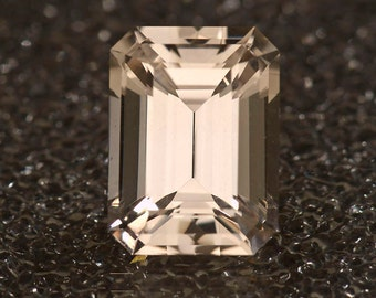 Precious Topaz 19.96 carats emerald cut 17.9 x 13.25mm