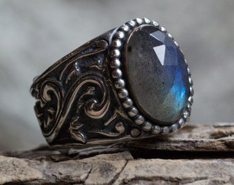 Labradorite Ring, oxidized sterling silver ring, yellow gold ring, rose cut gemstone ring, bohemian jewelry, high ring - Hold my hand R2169
