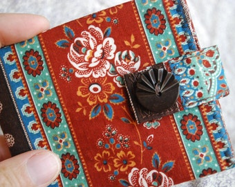 Thin Billfold wallet - tea roses and paisleys Western style -- FREE SHIPPING