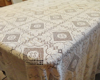 Vintage LACE TABLECLOTH Wedding Holiday Ivory Cutwork Extraordinary