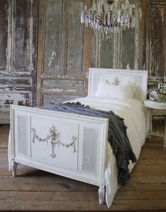 shabby chic cane and roses bed. Black Bedroom Furniture Sets. Home Design Ideas