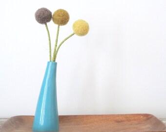 Craspedia, Billy Balls,Billy Buttons.  Woolly Heads, Dandelion.  Mustard Pom Pom Flowers. Large Felt Flowers.  Ombre yellow tabletop bouquet