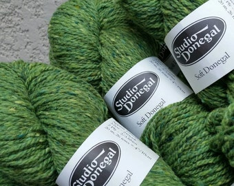 SIX Skeins Moss Green Studio Donegal Irish Tweed  100% Merino