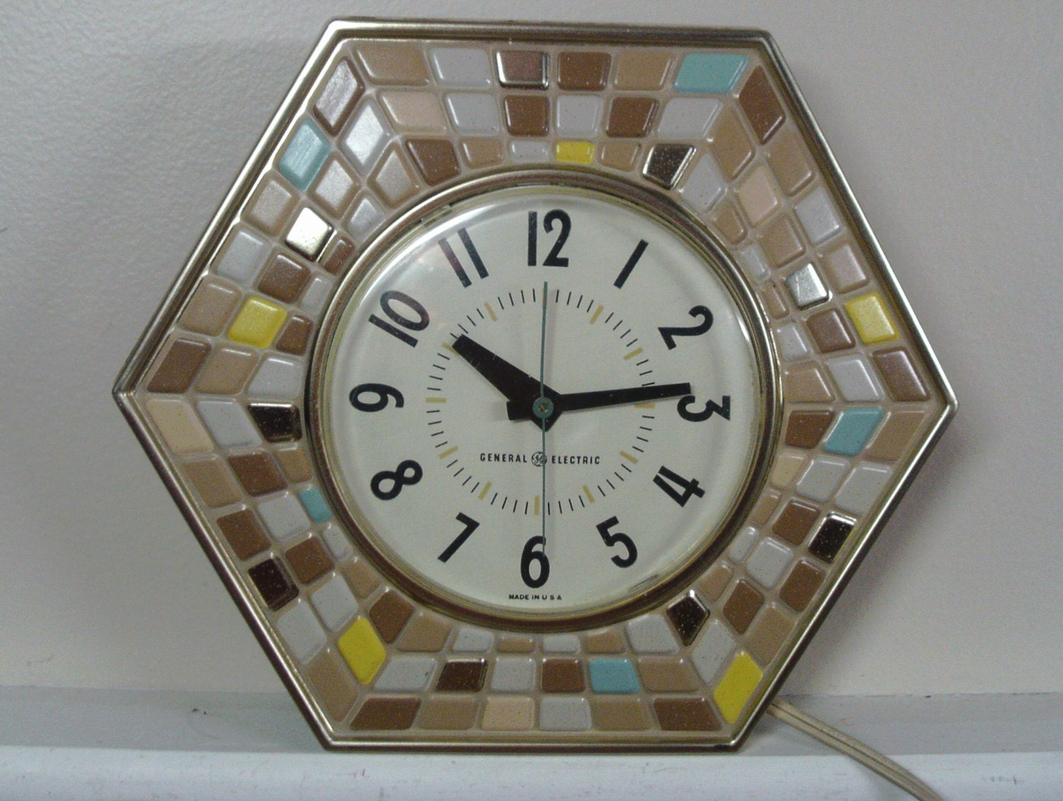 Vintage 1960's General Electric Mosaic Style Wall Clock