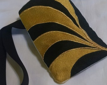 Black and Gold Swirl Embroidered Wristlet