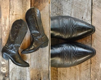 Nocona Cowboy Boots Size 6 wom //   Western Boots Size 36  //  THE NOCONA