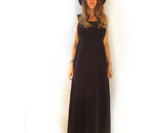 Vintage 60s 70s black velvet velveteen maxi dress gown // size 9 // nancy b // made in USA // glam goth cocktail avant garde holiday formal