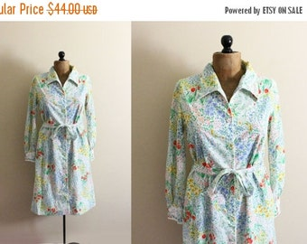 50% OFF SALE vintage dress 70s rainbow floral print embroidery overcoat 1970s retro womens clothing size medium m