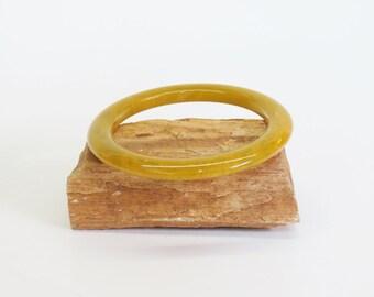Bakelite Bangle Bracelet Spacer Stacker Olive Yellow Swirl Fall Tones 1930s 40s