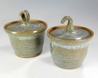 Ceramic salt and pepper jars set of 2, pottery sugar bowl with lid, stoneware jar, ceramic storage jars, ceramic salt bowl, spice jars