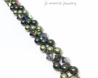green pearls . crystal . bridesmaid . mother of the bride . groom . bracelet . swarovski crystal . pearl . multi toned . dark light green .