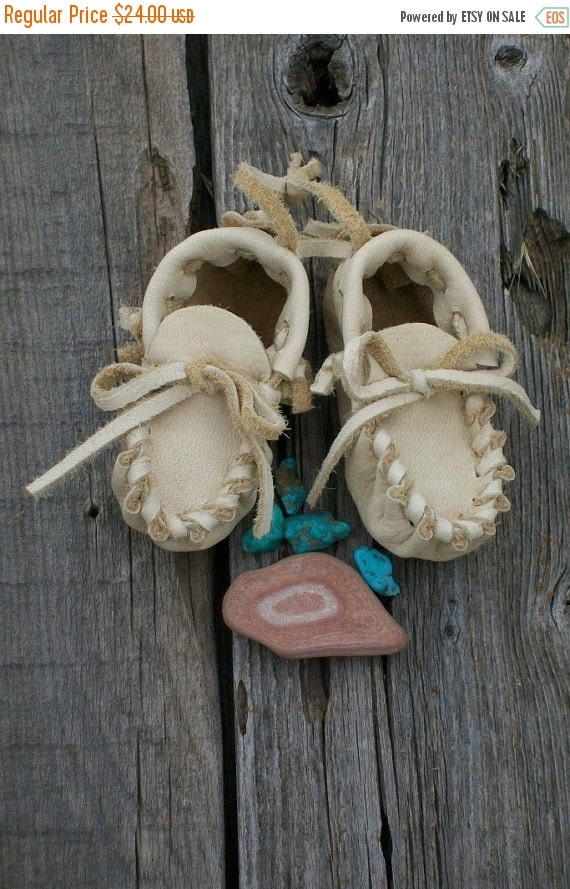 ON SALE Baby moccasins ,  Leather baby moccasins ,  Handmade baby moccasins ,  Newborn baby shoes