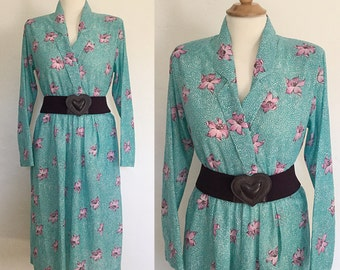 Vintage 70s / Teal Green / Purple Lillies / Long Sleeve / Secretary Dress / Small