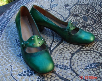 Antique Green Patent Leather Ladies Shoes - Mod Sweet