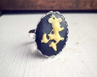 Vintage Style Minnie Mouse Ring / Disney Cameo Jewelry / Black and Yellow Silver Adjustable / Disney Lover Gift / Party Favors