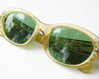 Vintage 40s 50s Lucite Rhinestone Deadstock Sunglasses Summer Shades