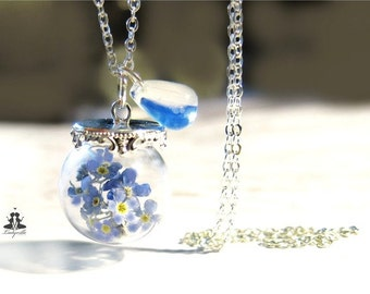 Necklace with forget me not and moonstone