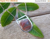ON SALE Sterling silver necklace with a Laguna Agate