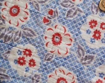 Antique 1930's FABRIC Novelty Fabric - Light Weight Cotton - Red White Blue Floral