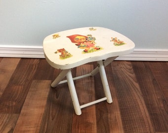Vintage Plant Stand Footstool Woodland Hand Painted Nevco Fold'N Carry Stool Yugoslavia White kitsch Bunny Rabbit Bear Bee kitsch table