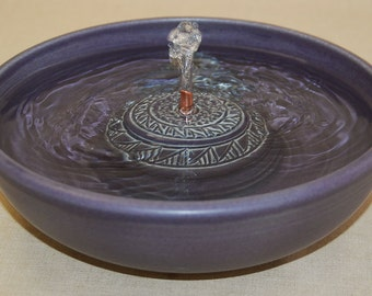 "Cat Drinking Fountain - Pet Fountain - Indoor Fountain - 10.75 Inch Diameter ""Aubergine Rings"""
