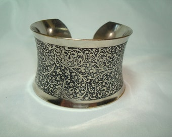 1980s Large Silver Tone with Floral Design Cuff Bracelet.