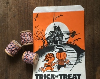 Vintage Halloween Goodie Bags Set of 5 Trick or Treat Candy Witch Bats