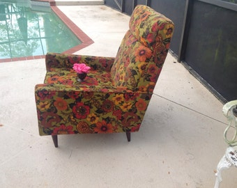 MID CENTURY MODERN Chair /Vintage Rowe Chair Retro Fabric Adriann Pearsall Style Chair / Retro Style at Retro Daisy Girl