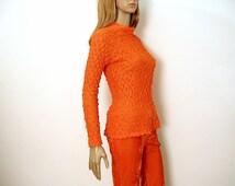 1970s Crinkle Blouse / 70s Bright Orange Long Sleeve Mock Turtle Shirt / Small to Medium