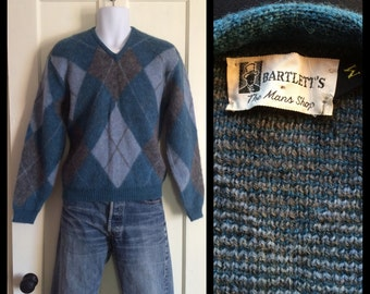 1950's Mohair Wool V neck Pullover Sweater size M Argyle Harlequin fuzzy Gray Blue White