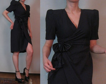 80s 40s ORIGAMI BOW WRAP vtg Black Acetate Rayon True Wrap Puffed Puff Short Sleeve V Neck Mini Wiggle Dress xxs xs Small