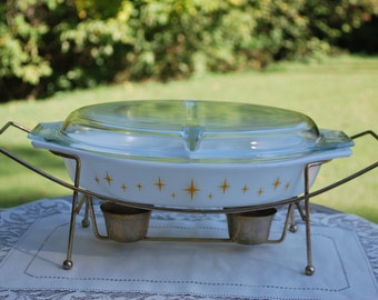 Pretty Pyrex 1959 Constellation with Original Warmer, 1 1/2 Quart Divided Casserole, Very Nice.