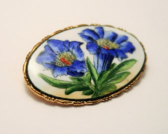 Vintage blue flower brooch. China brooch.  Cornflower brooch