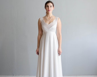 Vintage 1970s Wedding Gown - 70s Minimalist Wedding Dress - Purity Wedding Dress