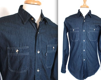 Vintage Levi's Denim Shirt // 1970s 1980s Men's Jean Shirt // Workwear // Indigo Denim