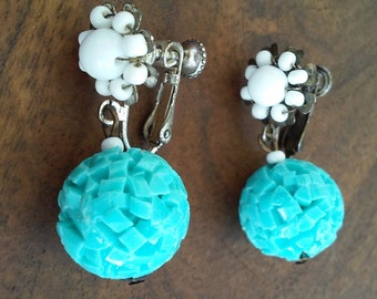50s MIRIAM HASKELL--Turquoise and White Screw-Back Earrings