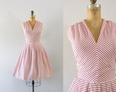 SALE 1960s Candy Stripe sweetheart day dress / 60s cotton beauty
