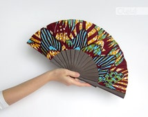 Wooden hand held fan with case - Vegetal print modern ethnic accessory - Oni Dark by Olele - hand fan eventail abanico faecher