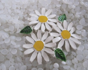 enamel flower brooch daisy   triple flowers